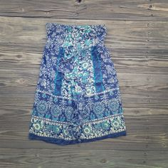 Strapless Printed Dress Very cute with a pair of cowboy boots and a belt in the middle. Ruffle detail down the front. | NO TRADES NO PAYPAL & all negotiations through the offer button please ❤️ American Eagle Outfitters Dresses Strapless
