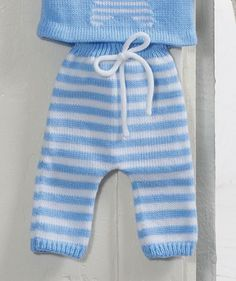 65 New Ideas For Crochet Baby Pants Pattern Kids Crochet Baby Clothes Boy, Crochet Baby Pants, Baby Romper Pattern, Baby Boy Knitting, Knitting For Kids, Kids Crochet, Knitted Baby, Cardigan Pattern, Knitting Patterns Boys