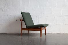 FINN JUHL JAPAN CHAIR THREE QUARTER