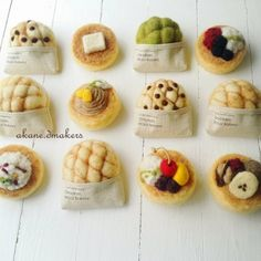 羊毛フェルト メロンパン パンケーキ ブローチ パン