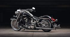 Garage kept. Harley-Davidson 68000172 4 in. Harley-Davidson 67700265 7 in. Harley Davidson Trike, Harley Davidson Museum, Harley Davidson Street, Gta 5, Road King Classic, Peugeot, Motorcycle Events, Motorcycle Gear, Cholo Style