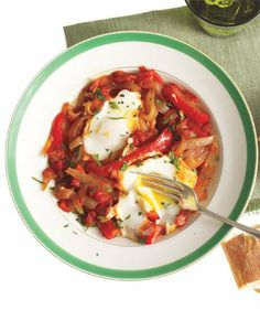 Skillet-Poached Eggs With Braised Peppers and Onions
