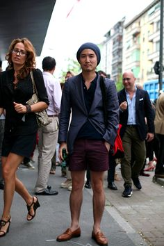 now that's how you wear shorts to a formal event