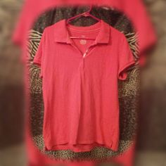 Collard shirt Medium pink Collard shirt, with five button detail in the front and slits on the side for a comfy fit. Worn just a few times. Bundle this item with any three other items with flowers in front of the description for only $20! Faded Glory Tops
