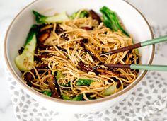 shiitake bok choy soba noodle bowl – A House in the Hills