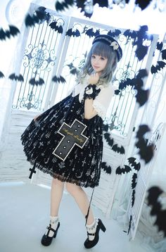 Angelica Pretty Holy Lantern dress   http://www.weibo.com/p/100505167157,  Holy Lantern dress  © 橘玄叶MACX邪恶的小芽.