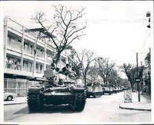 - Tank Traffic Saigon 1968 Viet Nam War Original Rikio Imajo UPI Wire News Photo