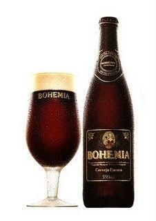 Cerveja Bohemia Escura, estilo Dark American Lager, produzida por AmBev, Brasil. 5% ABV de álcool.