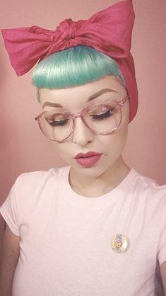 Pastel green retro vintage dyed rockabilly hair