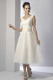 A-Line/Princess V-neck Tea-length Organza wedding dress