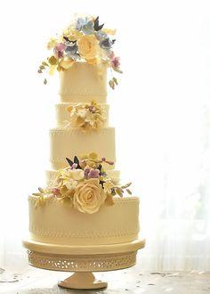 Rosalind Miller Wedding Cake 12