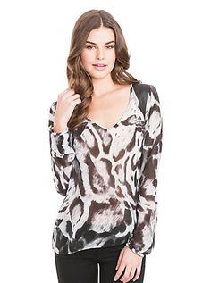 Silver Leopard Gemma Top | GUESS.com