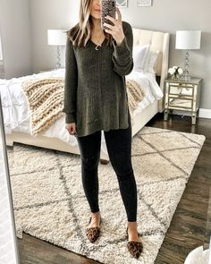 Winter Fashion Trends 2020 for Casual Outfits Black Moto Leggings, Ripped Jeggings, Tribal Leggings, Yoga Leggings, Printed Leggings, Fall Winter Outfits, Autumn Winter Fashion, Spring Outfits, Fashion Fall