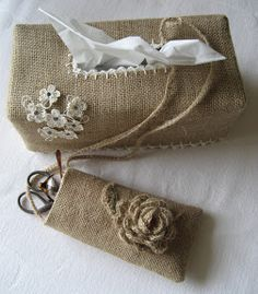 Beautiful burlap tissue box cover and tool or glasses case.  This would be a fun project to try at home.
