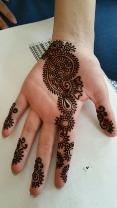 We have got a list of top Mehndi designs for Hand. You can choose Mehndi Design for Hand from the list for your special occasion. Latest Arabic Mehndi Designs, Mehndi Designs Book, Mehndi Designs For Girls, Mehndi Designs 2018, Modern Mehndi Designs, Mehndi Design Photos, Mehndi Designs For Fingers, Latest Mehndi, Henna Tattoo Designs