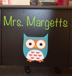 Cute idea for a teacher desk!