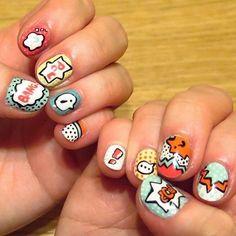 Takie piękne zdobienie paznokci zrobiła moja koleżanka Zuzia. Od razu widać, że ma talent!  zaraziłam ją ozdabianiem paznokci jakiś czas temu i wiedziałam, ze będzie robić przepiękne wzorki, jest niesamowicie uzdolniona ❤️ jak Wam się podoba?  #zdobieniepaznokci #nailart #comicnails #bang #artdeco #freehandnailart #beautifulnails #nails2inspire #mytalentedfriend