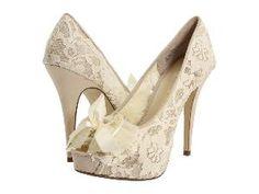 wedding shoes...so pretty