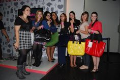 Evento. Participação no Youpix Festival 2011 pela marca Vax Barcelona como patrocinador do Hub Mais bonito da cidade, dedicado a discussões sobre moda.