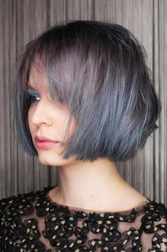Totally Trendy Layered Bob Hairstyles For 2021 ★ Bob With Fringe Bangs, Bobbed Hairstyles With Fringe, Bob Hairstyles For Thick, Hairstyles With Bangs, Weave Hairstyles, Growing Out A Bob, Growing Out Short Hair Styles, Short Hair Cuts, Fine Hair
