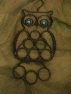 Owl scarf holder