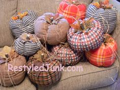Sew Fabric Tube Pumpkins-Tutorial