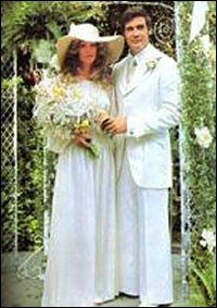 Actor Lee Majors and actress Farrah Fawcett married in 1973 and divorced in 1982.