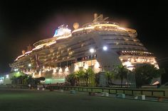 "Aruba Island | The Royal Carribean cruise ship the ""Jewel of… 