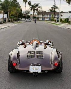 Porsche 550 Spyder, Porsche 911 Targa, Porsche Carrera, Gentleman, Rolls Royce Motor Cars, Pt Cruiser, Classy Cars, Roadtrip, Kit Cars