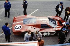 FORD MKIV N°3 at Le Mans 1967  L. Bianchi , M. Andretti drivers