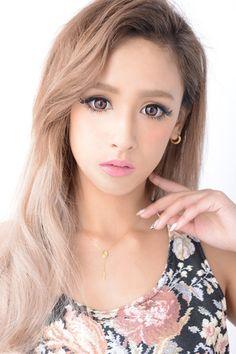 Anna Yano - Japanese model