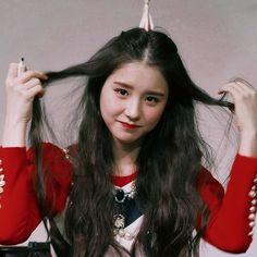 Red Aesthetic, Kpop Aesthetic, K Pop, Best Kpop, Olivia Hye, I Love Girls, Ulzzang Girl, Social Platform, K Idols