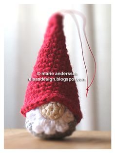 Gnome Amigurumi ~ Free Pattern ( Scroll Down) Original in Swedish Gnome Ornaments, Crochet Christmas Ornaments, Christmas Crochet Patterns, Crochet Amigurumi Free Patterns, Crochet Motifs, Holiday Crochet, Christmas Gnome, Christmas Knitting, Crochet Dolls
