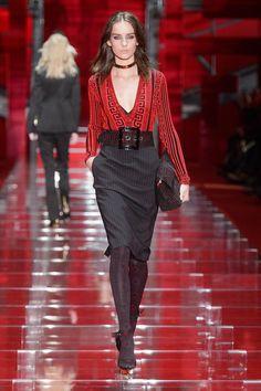 Коллекция Versace осень-зима 2015-2016 (52 фото)