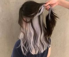 Under Hair Dye, Under Hair Color, Two Color Hair, Hair Color Streaks, Hair Dye Colors, Colored Highlights Hair, Peekaboo Hair Colors, Hair Color Underneath, Split Dyed Hair