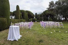 Cerimònia blanca i lila. www.eventosycompromiso.com