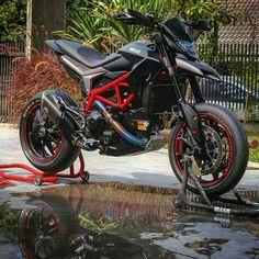 Ducati Motorcycle Dirt Bike, Motorcycle Racers, Motocross Bikes, Moto Bike, Motorcycle Design, Moto Ducati, Ducati Motorcycles, Cars And Motorcycles, Super Bikes