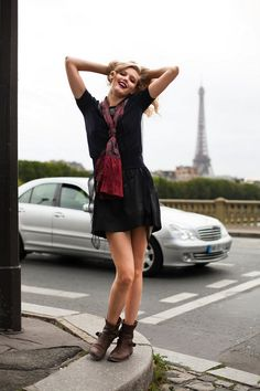 5. Add a Scarf… - 7 Parisian Style Tips Every Woman Should Know ... → Fashion
