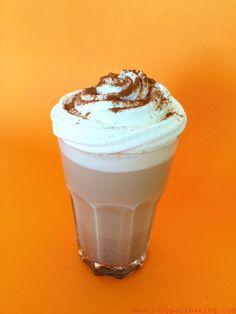 Homemade pumpkin spice latte on rubyparkbaking.com
