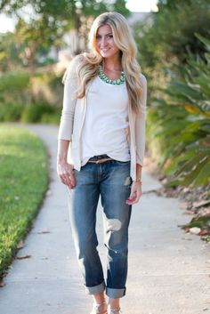 Top: Forever 21, Cardigan: BCBG (old), Jeans: Fidelity c/o, Sandals: GUESS, Necklace: T&J Designs c/o Some days (most days) all you need is a great pair of boyfriend jeans, some neutrals, and a pop of color. These boyfriends have been on repeat all week long. And while we are on the topic of boyfriends, if you follow my [...]