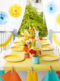 Get the party started and enjoy these last days of summer with awesome party ideas! #home #summer #party #decor #outdoor