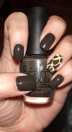 OPI - Get in the Espresso Lane  Simple Giraffe print nails