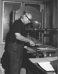 Figure Photograph of Lynd Ward at the press Scenic Design, Photograph, Studio, Paper, Books, Printmaking, Artists, Atelier, Photography