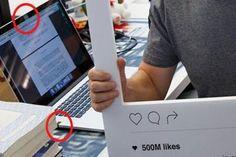 Ipotnews –Setelah beberapa akun media sosialnya diretas awal bulan ini oleh para hacker, Mark Zukckerberg nampaknya menjadi paranoid. Berdasarkan foto yang diuploadnya pada Se ....