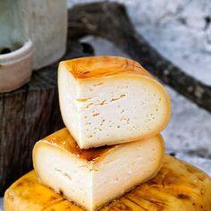 Queso de Mahón Pavlova, Mochi, Gelato, Sacher, Queso, Camembert Cheese, Waffles, Portugal, Food