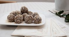 Easy no-bake pudding bites minus the refined sugar, flour and fats – and cooking.