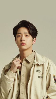 Wanna One Lai Guan Lin Wallpaper K Pop, Guan Lin, Lai Guanlin, Kim Jaehwan, Cha Eun Woo, Asian Actors, Produce 101, No One Loves Me, Kpop Boy