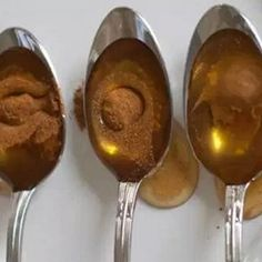 Even Doctors Are Amazed By Honey And Cinnamon Remedy: It Boost Immune System, Lowers Cholesterol And Prevents Heart Attack Honey and cinnamon combination Natural Cures, Natural Health, Prevent Heart Attack, Boost Immune System, Nutrition, Honey And Cinnamon, Cinnamon Recipe, Cinnamon Drink, Meals For One