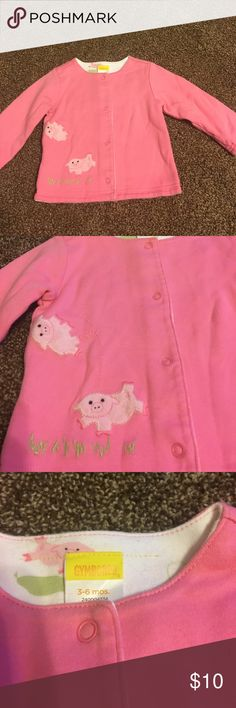 Gymboree 3-6 months pink piggy jacket Pink long sleeve piggy jacket by Gymboree size 3-6 months. Cute piggies on front with cute little piggy on back. Buttons up. Comes from a smoke-free home. Gymboree Jackets & Coats