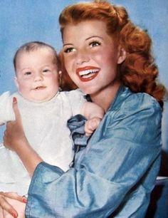 Rita Hayworth in Gilda (1946) - FamousFix